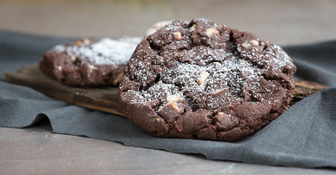 Recept na čokoládové cookies.