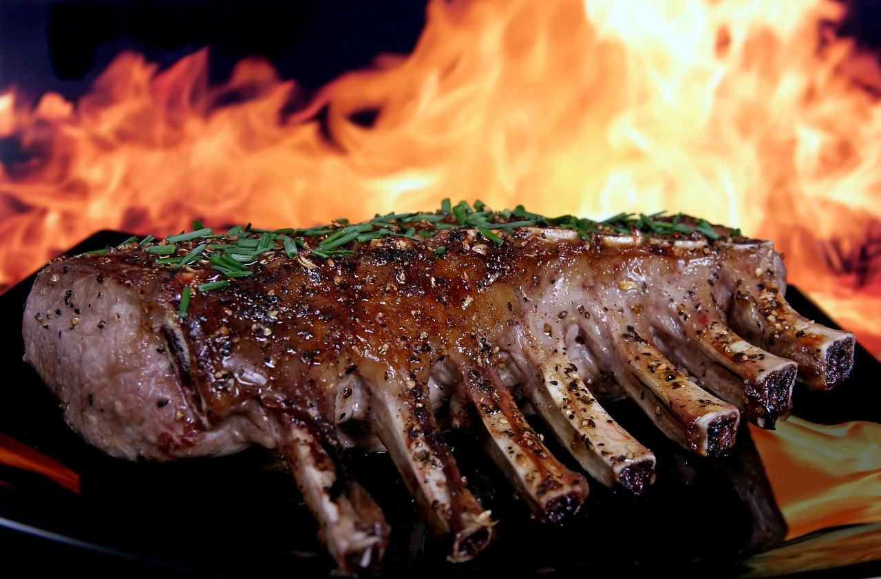 Příprava masa na grilování