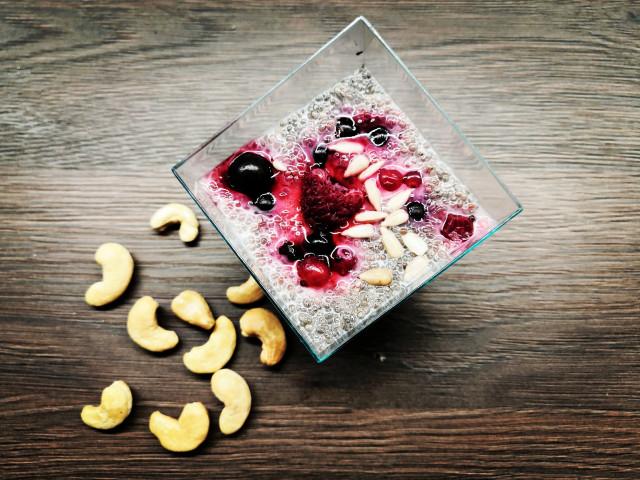Chia pudink s ovocem