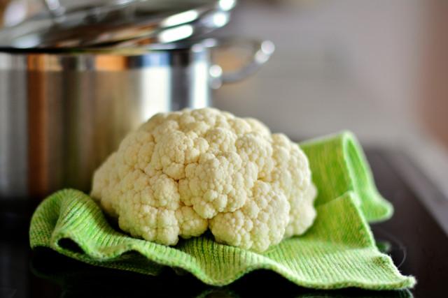 Recept na krémovou pikantní polévku z květáku