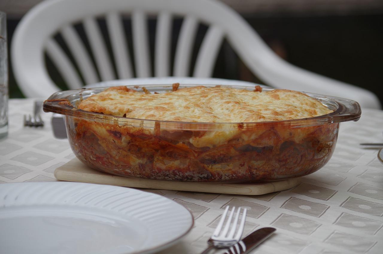Těstoviny se špenátem a mozzarellou